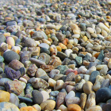Stenene omkring os